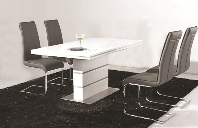 . Dolores High Gloss Dining Table 4 Faux Leather Chrome Chairs