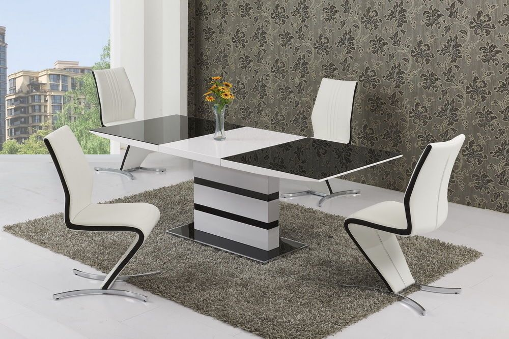 k2 black white small or large extending table izabella chairs. Black Bedroom Furniture Sets. Home Design Ideas